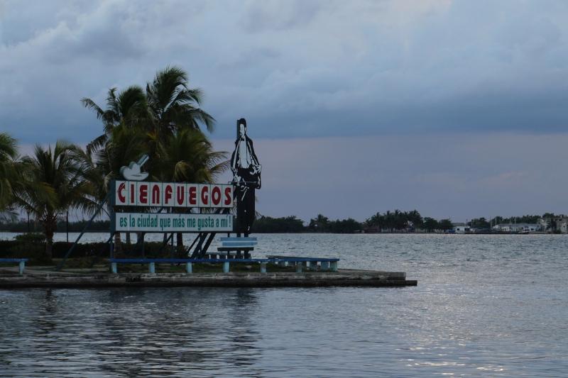 BeMyMajorAdventure_Blog_Voyage_Cuba_Cienfuegos_Malecon6